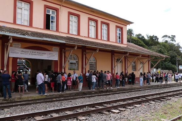 No trajeto iniciado em Sete Lagoas mais de 1,5 milhões de passageiros devem ser atendidos. / Foto: viagemnostrilhos.blogspot.com