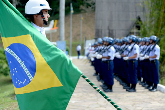 Cerimônia da entrega da medalha em 2013 / Foto: Divulgação
