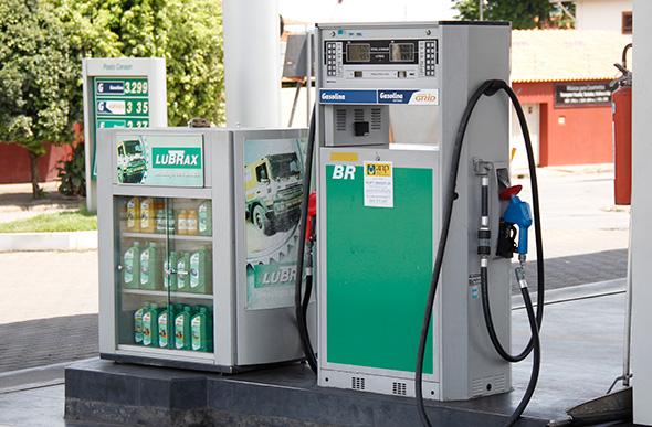 Resultado de imagem para bombas de gasolina