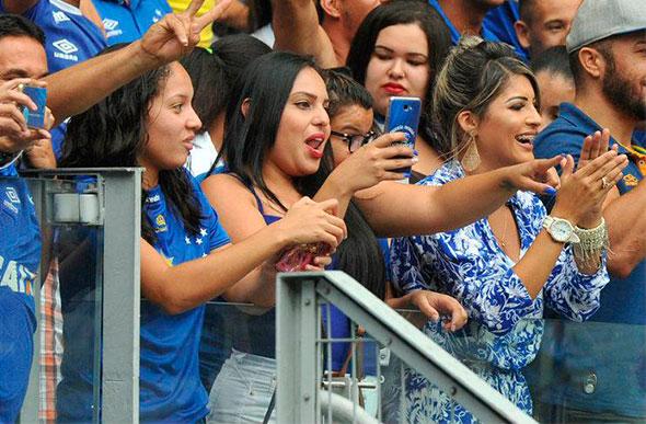 Mineirão e Cruzeiro lançam campanha  Quebre o silêncio ... 5305dd90f1ca5